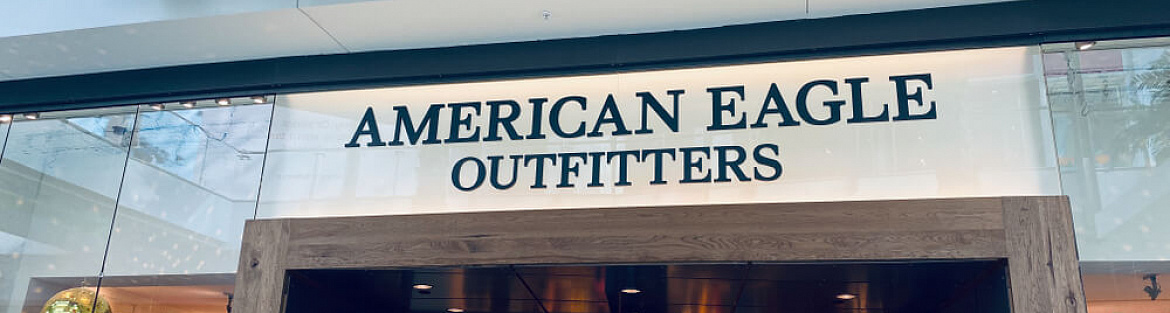 American Eagle reports a drop in earnings and net sales