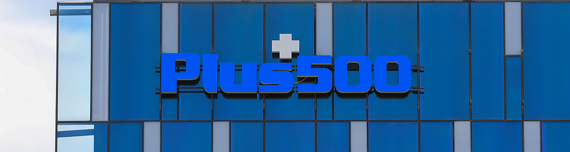 Plus500 posts mixed results, plans buybacks