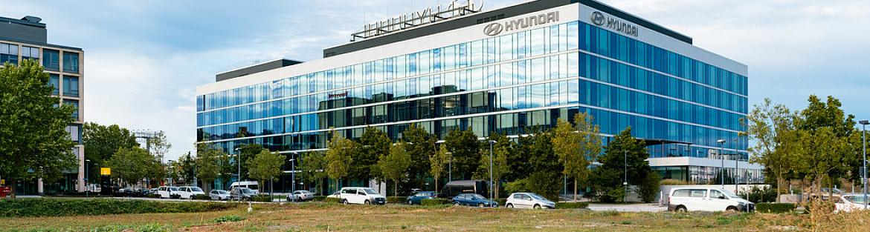 Hyundai swings to quarterly loss in Q3
